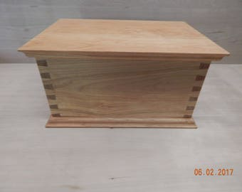 Shaker cherry dovetailed box