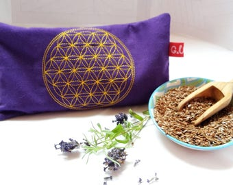 Eye pillows, relaxation, meditation, wellness, flower of life, lavender, flax seed, wellbeing, dark blue, gold, embroidery,