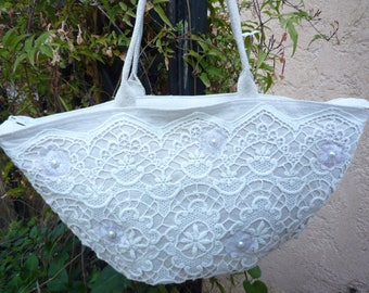 Ecru linen and lace basket shape tote bag