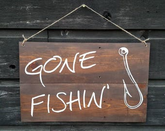 """Handpainted Reclaimed Wood """"Gone Fishing"""" Sign"""