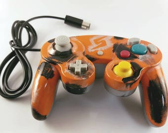 Metroid Inspired GameCube Compatible  Controllers