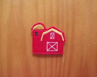 CUT Pair of machine embroidered felties, felt appliques - Red Barn - for Hair Clips, Hair Bows, Scrapbooking, Card Making, Badge Reels