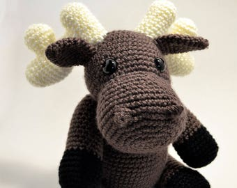 Moose amigurumi crochet yarn handmade soft toy