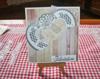 card comes with l heart Pocket envelope