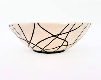 Ceramic bowl, Handmade ceramic bowl, Pottery bowl, Serving bowl, Modern, Black and white bowl, Handmade ceramics, Housewarming gift, Bowl