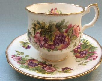 Vintage tea cup and saucer, Queens porcelain, large size cup and saucer, English porcelain,