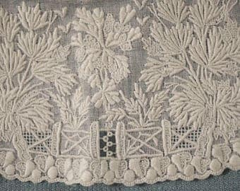 Antique Lace French Whitework And Needlework Collar And Cuffs