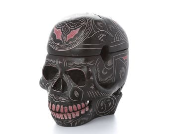 Resin Skull Trinket Box/Ashtray/Storage Box