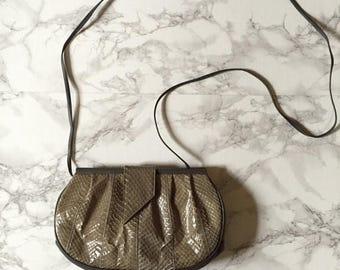 20% OFF SALE... 1980s snake skin and leather purse   olive green messenger bag