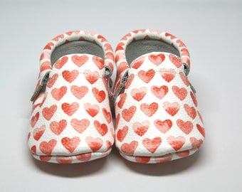 PRE-ORDER - Sweet Heart Leather Moccasins | Baby Shoes