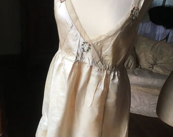 Romantic French Antique Ivory Silk & Tulle Embroidered Slip or Nightdress / Elegant Feminine Utterly French / 1900s Embroidered Nightdress