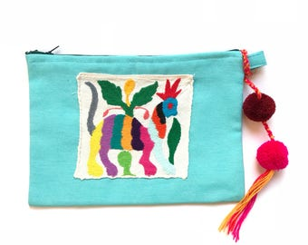 Otomi clutch, Otomi bag, Otomi embroidery, Mexican clutch, Mexican bag, Mexican hand bag, Mexican handmade bag, Embroidered bag, pompom bag