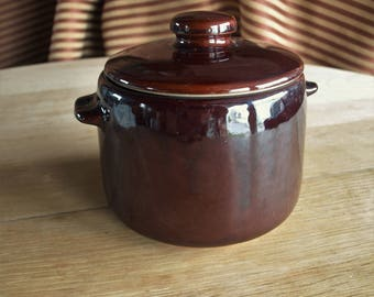 Vintage West Bend Brown Ceramic Bean Pot, Crock or Canister – Excellent Condition – Made in USA
