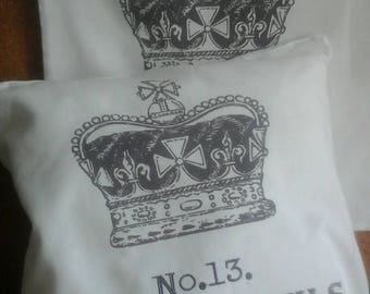 Two cushion covers 40 x 40 cm