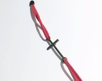 """Red suede """"cross"""" bracelet"""
