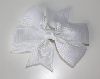 White bow for girl hair clip