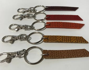 Leather knitting ribbed pattern key ring
