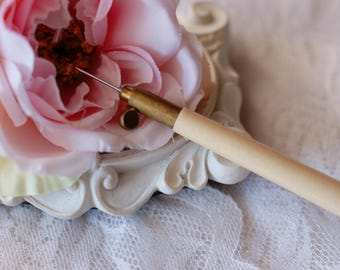 Tambour handle with needle-Tambour Embroidery Needle- Tambour Hook-Luneville hook
