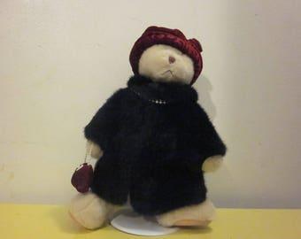 """Russ Berrie Bear """"Nuria"""", with fur coat, pearls, purse, with stand"""