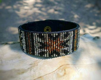 Beaded leather cuff bracelet, cuff bracelet,beaded Bracletes,bracletes