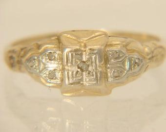 Vintage 14K Yellow Gold 1930's Diamond Engagement Ring Size 7