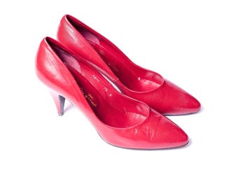 Vintage 80s BAREFOOT ORIGINAL Red Leather Pumps Low Heels Made in Spain Women's 7.5