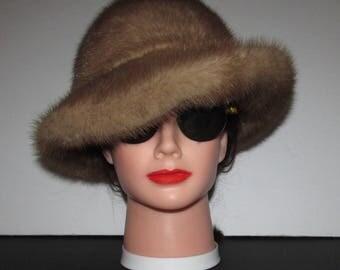 """Superbe chapeau de véritable fourrure de vison pastel clair\Superbe  light pastel  mink fur hat with brim 22"""""""