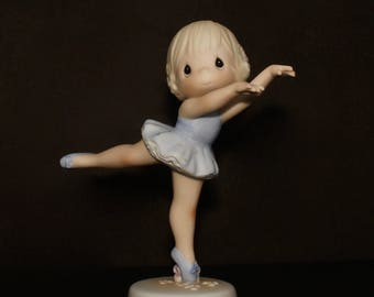 """Precious Moments """"Lord, Turn My Life Aroundd"""" - Prima Ballerina Performing/Standing On Point"""