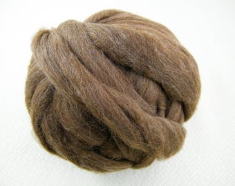 Shetland Moorit Brown Roving - Lots of Body - Skin Tone Colour  - Great for Spindles, Handspinning & Felting