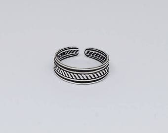 Plain Twisted Striped Oxidized Sterling Silver Toe Ring, Boho Ring, Adjustable Ring, Sterling Silver Jewelry