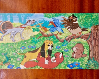 Vintage wood jigsaw puzzle by Walt Disney with a nice vintage feeling