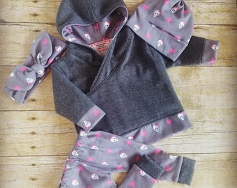 Newborn sweatshirt outfit, hoodie, baby girl outfit, baby shower gift, jogger outfit