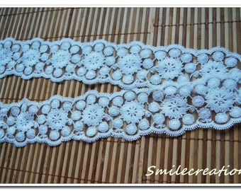 1.6 m x 7 cm REF 2110 white flower embroidered tulle lace