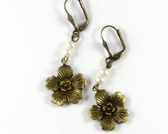Bronze Flower Earrings - retro-