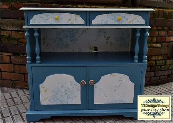 Mesa Tv, Mueble Tv, Mueble Tv pintado a mano, Mueble Tv vintage, Mueble con puertas y cajones, Mueble azul madera, Mueble azul vintage