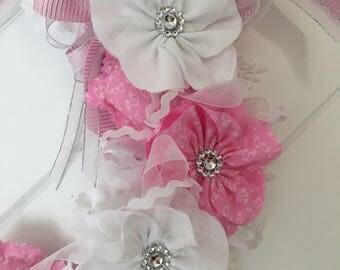 Pink and white wedding centrepiece / wreath