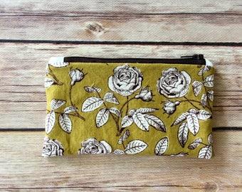 Snack Bag-Olive Flowers Makeup bag/Wet bag