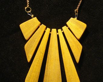 """Néo palmette"" wood veneer jewelry collection"