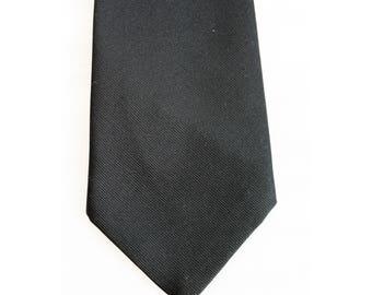 Toye Kenning Spencer tie masonic masons black crest 1970s 1980s men's cravat