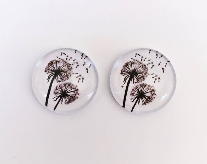 The 'Dandelion' Glass Earring Studs
