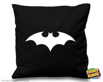 Batman - Pillow Cushion Cover - Comic Book Hero Inspired - Bruce Wayne - Gotham City - Classic Batman