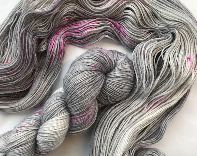 """Grey Pink Speckles"" 100g Superwash Merino / Alpaca / Nylon Yarn 4 ply"