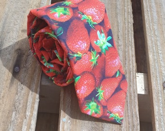 Fresh Strawberry Necktie, Fruit Necktie, Berry Necktie, Farming Necktie