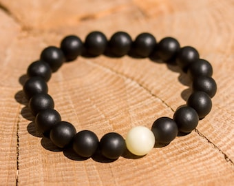 Natural Baltic Amber braceletsgr Black Mat with Natural Stone Luxamber 琥珀手链