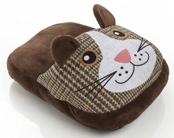 Cat shaped foot warmer 30X40X13 cm