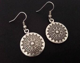 Bohochic style earrings, Silver plated dangling earrings, Round mandala earrings, Boho bohemian style earrings, Ethnic boho gipsy jewelry