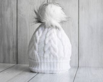White women's beanie, Winter hat white with white pompon, soft women's hat, bobble hat, hat with pom pom, faux fur pom pom, Gifts for her,