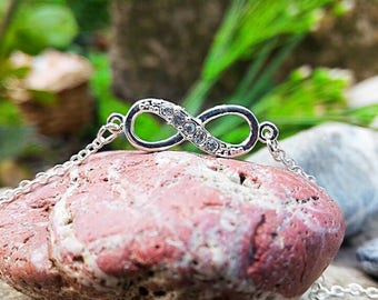 925 Silver infinity bracelet, facilitates our connection with the divine part.