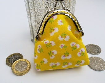 Coin purse, yellow purse, floral coin purse, gift for daughter, gift for sister, yellow gift