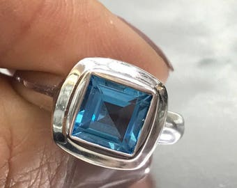 Blue topaz ring, Princess cut shape , 14k white gold setting modern style, London blue color stone statement ring.